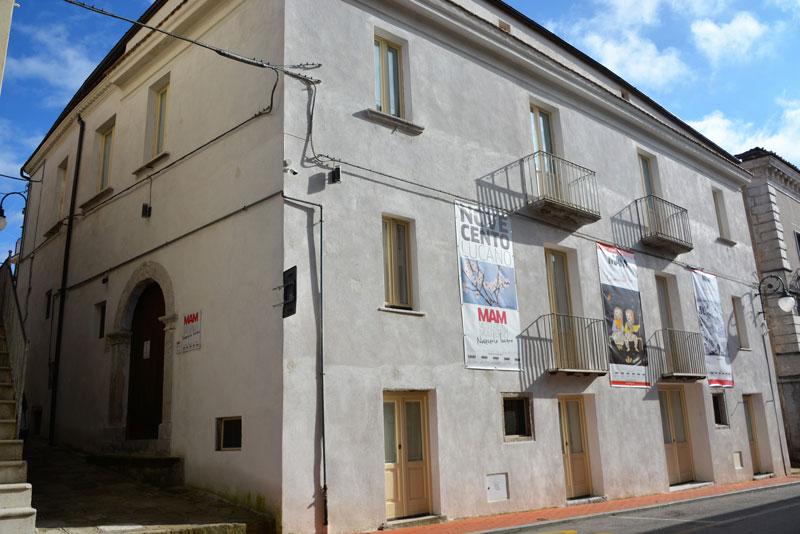 MAM-Novecento-Lucano-esterno
