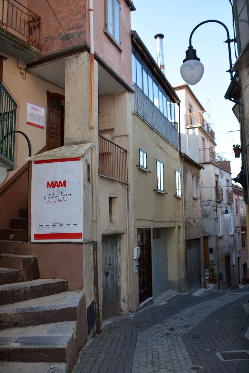 MAM-Biblioteca-Lucana