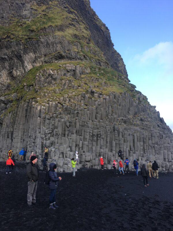 Islanda Le colonne di basalto a Reynisfjara