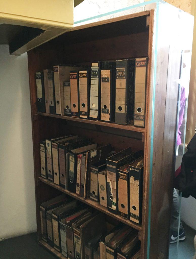amsterdam casa anna frank libreria girevole