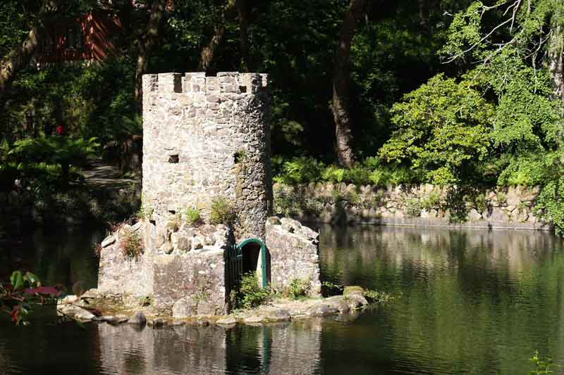 castello-lago-sintra-