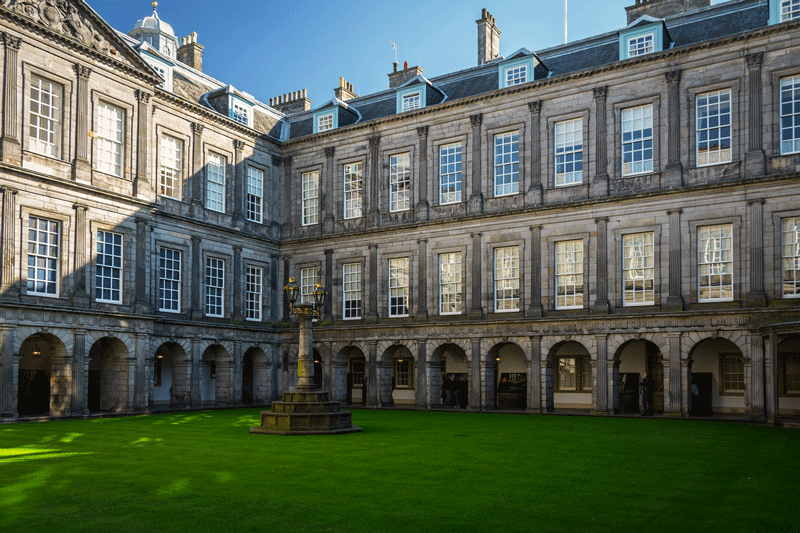 edimburgo-holyrood-palace
