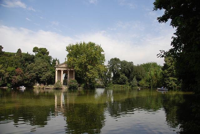 giardino del lago