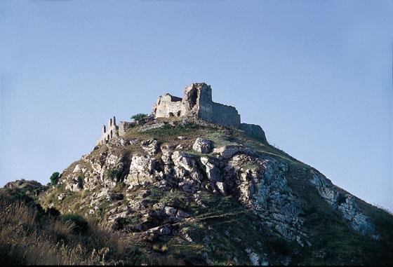 """Il fascino delle """"città fantasma"""". 1) Gioiosa Guardia Sicilia"""
