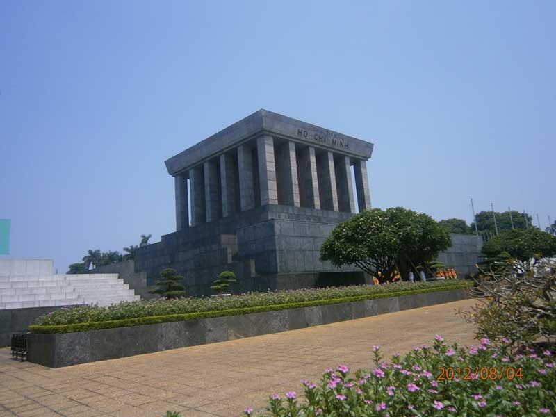 hanoi-Mausoleo-di-Ho-Chi-Minh