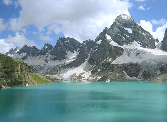 Angoli di paradiso in Pakistan