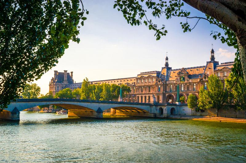 pont-du-carrousel-paris