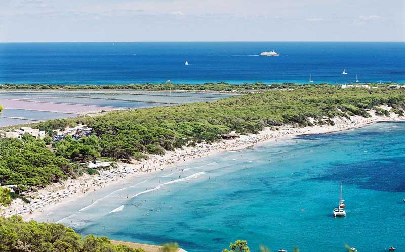 spiaggia-ses-salinas-ibiza